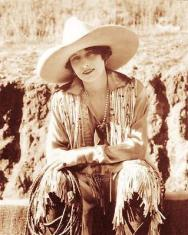 old-west-cowgirl-rodeo-queen-vera-mcginnis-vintage-photo-boots-hat-c1930-21262-18c3f0484c29a4a4632035853a1ca043